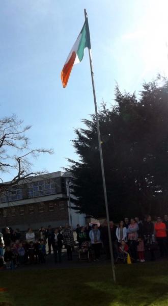 Raising the Flag 7 800